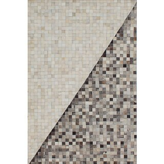 ecarpetgallery Handmade Cowhide Patchwork Grey, Ivory Leather Rug (4'0 x 6'0)
