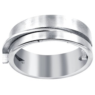 Orchid Jewelry Men's Stainless Steel High Polished Puzzle Motif Silver Plated Men's Ring