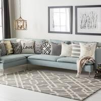 "Colonial Home Grey Geometric Handmade Area Rug - 7'6"" x 9'6"""