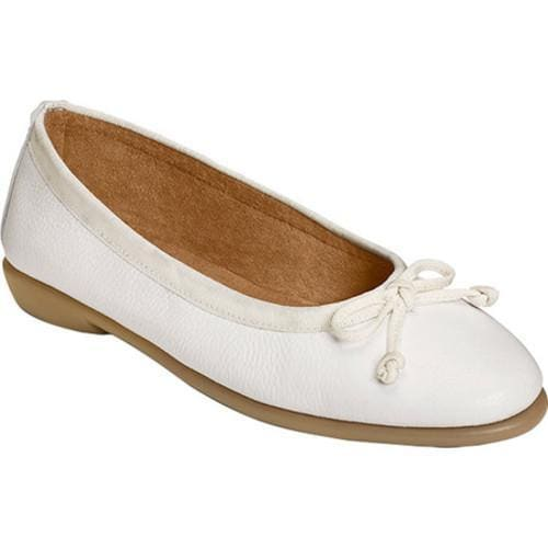 ee372fe4c52 Shop Women s Aerosoles Fast Bet Ballet Flat White Leather - Free Shipping  On Orders Over  45 - Overstock.com - 14283575