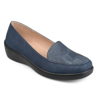 Journee Collection Women's 'Fife' Square-toe Comfort-sole Loafers
