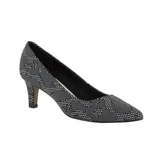 Easy Street Women's Pointe Pump (Black/White Texture)