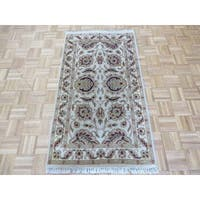 Agra Ivory/ Red Wool Hand-knotted Oriental Runner Rug - 2'11 x 5'2