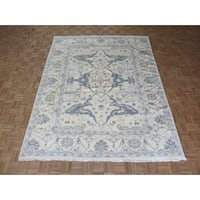 Hand-knotted Oushak Ivory Wool Oriental Rug - 8' x 10'