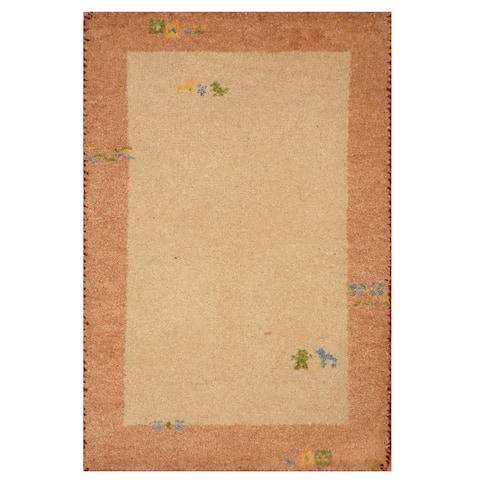 Handmade Gabbeh Wool Rug (India) - 2'1 x 3'