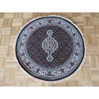 Mahi Tabriz Black Wool, Silk Hand-knotted Oriental Rug (3' Round)