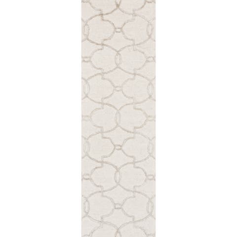 Hand-hooked Carolyn Ivory/ Silver Trellis Rug - 2'3 x 7'6