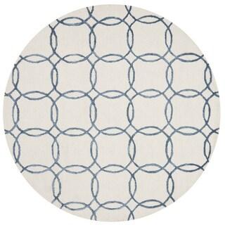 Hand-hooked Carolyn Ivory/ Blue Rug (7'6 x 7'6 Round)