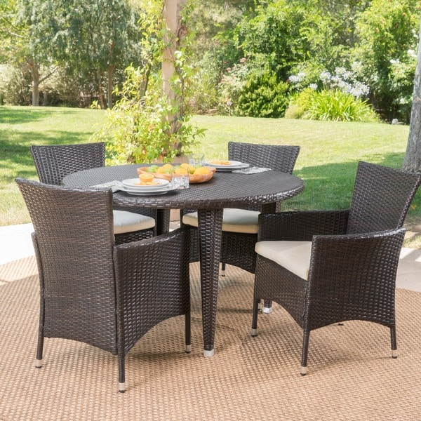 Paoha Outdoor 5-piece Round Dining Set with Cushions by Christopher Knight Home