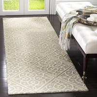 "Safavieh Cambridge Moroccan Hand-Tufted Wool Grey/ Ivory Runner Rug (2'6 x 8') - 2'6"" x 8'"