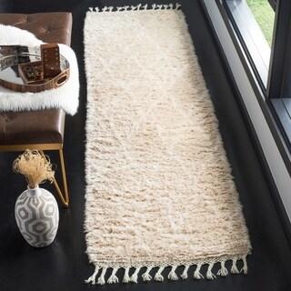 Safavieh Casablanca Contemporary Hand-Knotted Wool Beige/ Ivory Runner Rug (2'3 x 8')