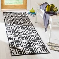Safavieh Montauk Contemporary Hand-Woven Cotton Black/ Ivory Runner Rug - 2'3 x 7'