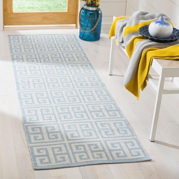 Safavieh Montauk Contemporary Hand-Woven Cotton Blue/ Ivory Runner Rug - 2'3 x 7'