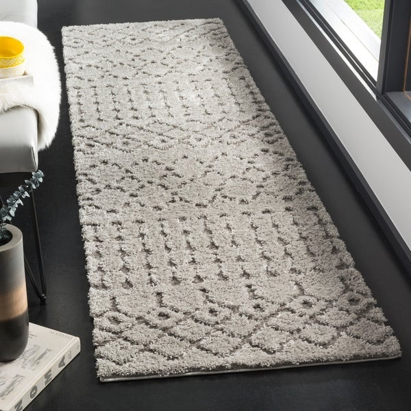 "Safavieh Sparta Shag Contemporary Grey Runner Rug - 2'3"" x 8'"