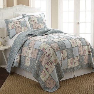 Abbi 100 Cotton Pre-Washed Reversible 3 piece Quilt Set