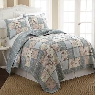 Abbi 100 Cotton Pre-Washed Reversible 3 piece Quilt Set