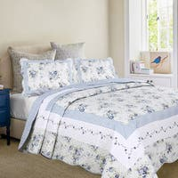 Mayflower Dawn Quilt Set with Standard Pillow Shams