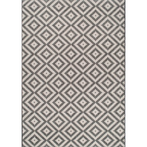 nuLOOM Indoor/Outdoor Moroccan Geometric Diamond Area Rug