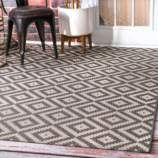 nuLOOM Indoor/Outdoor Moroccan Geometric Diamond Grey Rug  (7'6 x 10'9)