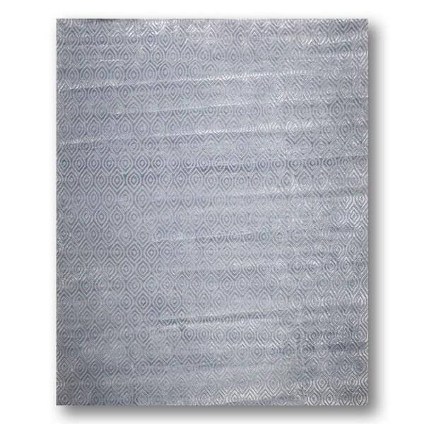 Tone on Tone Blue/Grey Wool and Bamboo Silk Area Rug - 9' x 12'
