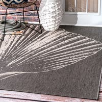 nuLOOM Made by Thomas Paul Indoor/Outdoor Coastal Seashell Grey Rug (5'3 x 7'6)