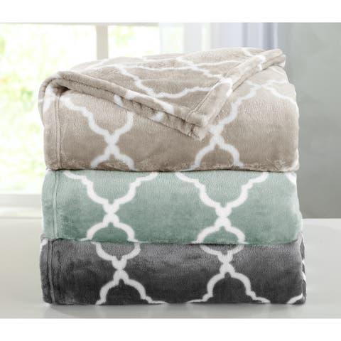 Lattice Scroll Design Ultra Velvet Plush Fleece Luxury Blanket