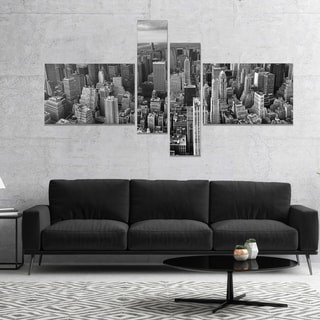 Designart 'Panoramic Aerial View of Manhattan' Modern Cityscape Canvas Art Print