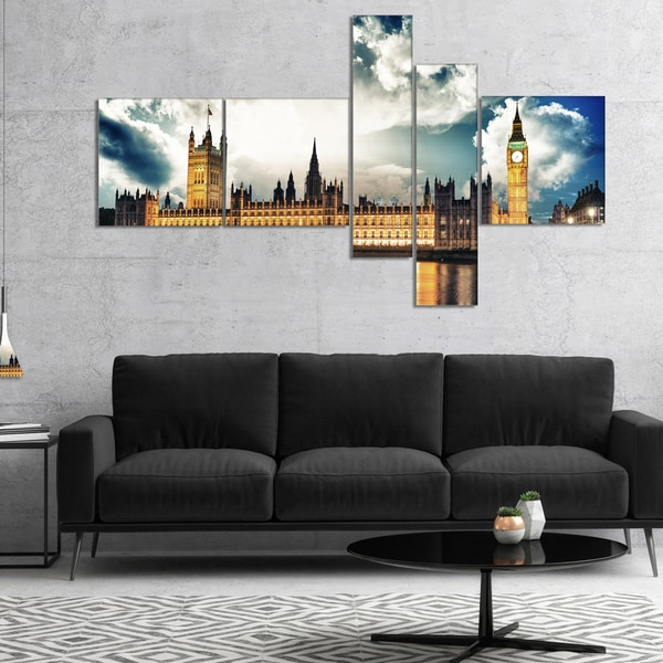 Designart 'Big Ben UK and House of Parliament' Extra Large Canvas Art Print