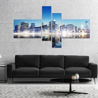 Designart 'Skyscraper on New York City' Cityscape Canvas Art Print