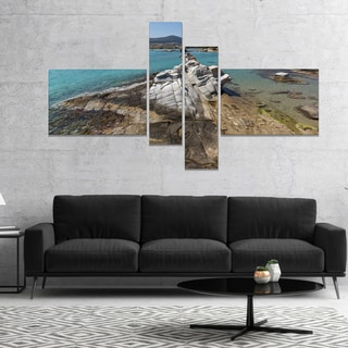 Designart 'Clean Waters and Rock Formations' Landscape Canvas Art