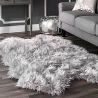 nuLOOM Faux Flokati Sheepskin Soft and Plush Cloud Light Grey Shag Rug - 3'6 x 6'