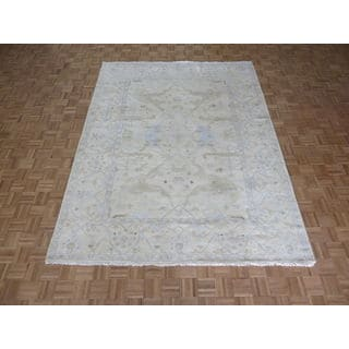 Hand-knotted Oushak Ivory Wool Oriental Rug (8'0 x 10'4)