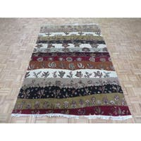 Red/Ivory Wool Hand-knotted Oriental Rug - 6'1 x 9'1