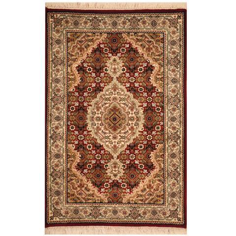 Handmade Wool and Silk Tabriz Rug (India) - 2' x 3'