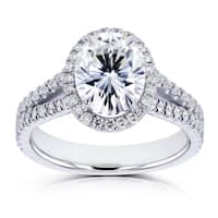 Annello by Kobelli 14k White Gold Oval Forever One Colorless (DEF) Moissanite and 1/2ct TDW Diamond Halo Split Shank Ring