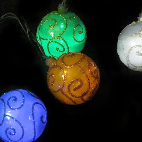 Set of 10 Multi-Color Glitter Swirled Ball Globe Patio Christmas Lights - Green Wire
