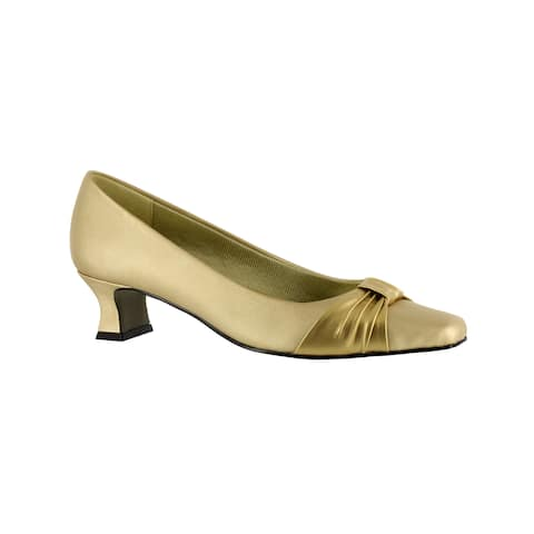 Easy Street Women's Waive Pump With Pleated Overlay (Gold)