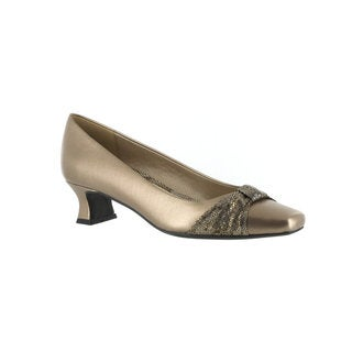Easy Street Women's Waive Pump With Pleated Overlay (Bronze)