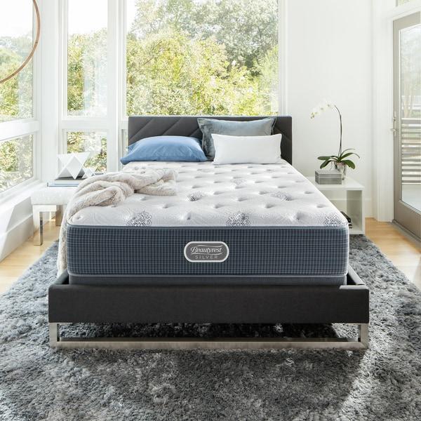 Beautyrest Silver Maddyn Plush 12-inch Twin-size Mattress Set + Bonus Sleep Tracker