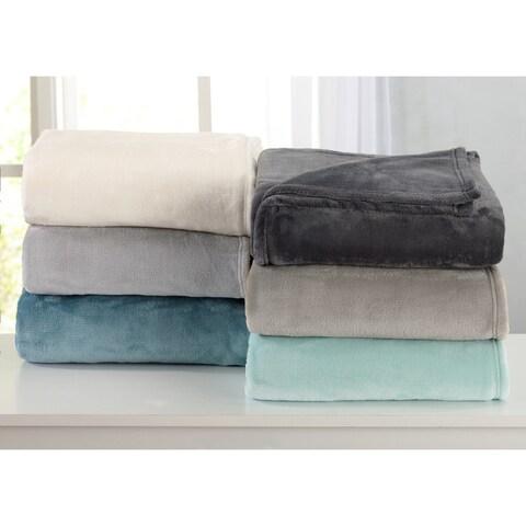 Melinda Collection Ultra Velvet Plush Bed Blanket in Solid Colors
