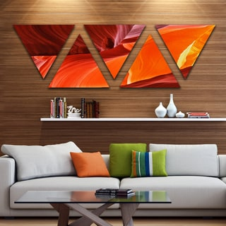 Designart 'Midday in Antelope Canyon' Landscape Photo Canvas Art Print - Triangle 5 Panels
