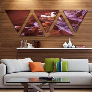 Designart 'Light in Antelope Canyon' Landscape Photo Canvas Art Print - Triangle 5 Panels
