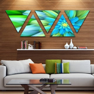 Designart 'Massive Green Fractal Flower' Floral Triangle Canvas Art Print - 5 Panels