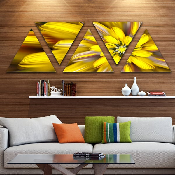 Designart 'Massive Yellow Fractal Flower' Floral Triangle Canvas Art Print - 5 Panels