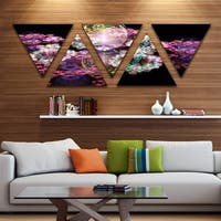 Designart 'Pink Water Drops on Mirror' Contemporary Triangle Canvas Art Print - 5 Panels