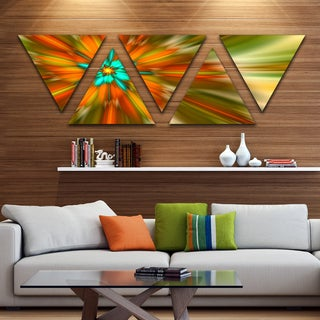 Designart 'Rotating Bright Fractal Flower' Contemporary Triangle Canvas Art Print - 5 Panels