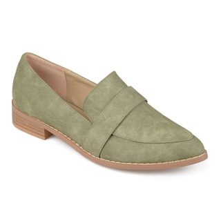 Journee Collection Women's 'Rossy' Classic Almond Toe Loafers