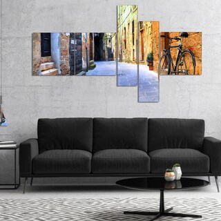 Designart 'Pictorial Street of Old Italy' Cityscape Canvas Art Print - YELLOW