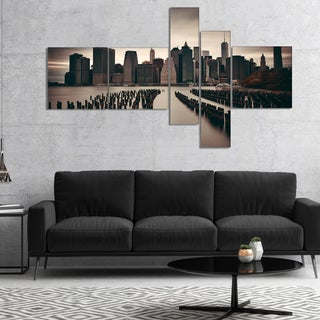 Designart 'Manhattan Financial District' Cityscape Photo Canvas Print