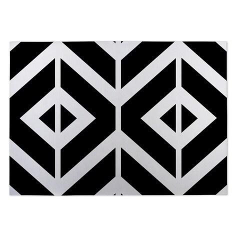Kavka Designs Black/ White Montilla 2' x 3' Indoor/ Outdoor Floor Mat